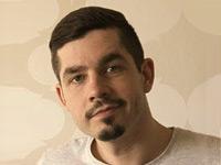 Интервью с Александром Тяпочкиным — дизайнером, иллюстратором и художником