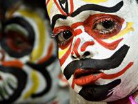 Выразительные лица людей и этнические краски от National Geographic